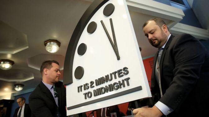 2 minuti a mezzanotte